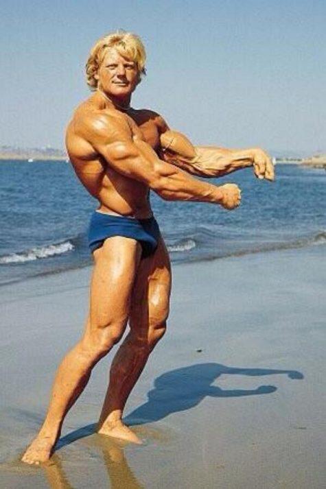 tap the hinh - elle man Dave Draper