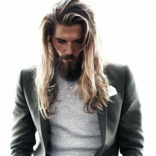 """Điều quan trọng gì cần biết khi bắt đầu """"nuôi"""" các kiểu tóc nam dài?"""
