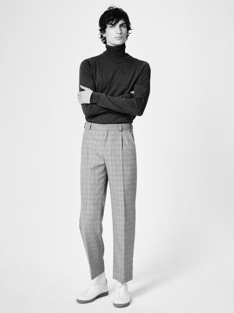 ELLE Man Style Calendar Đa phong cách với áo len cổ lọ (412 – 10122017) elle man11