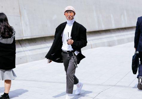 ELLE Man Style Calendar Đa phong cách với áo len cổ lọ (412 – 10122017) elle man17