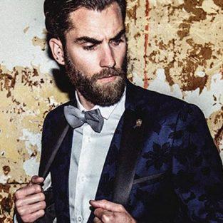 Làm sao để mặc suit nam hoạ tiết mà không trở nên lố lăng?
