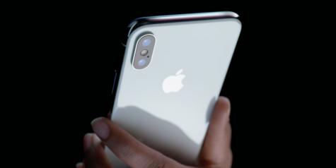 """Điện thoại iPhone tiếp tục giữ vững ngôi vị """"Best-selling Tech"""""""