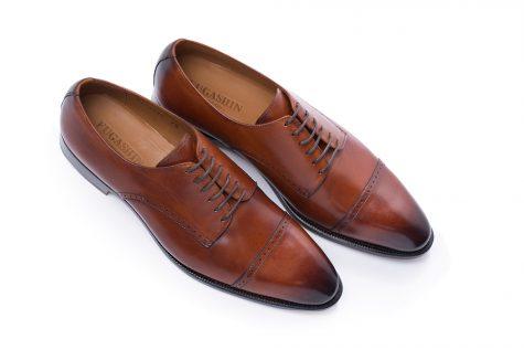 giay tay nam elle man 4 475x317 - Quý ông, hãy lắng nghe những đôi giày tây nam!