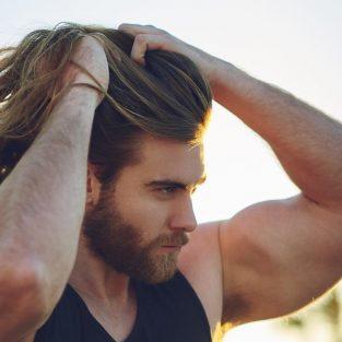 4 kiểu tóc nam dài kinh điển và nét phong trần khó cưỡng