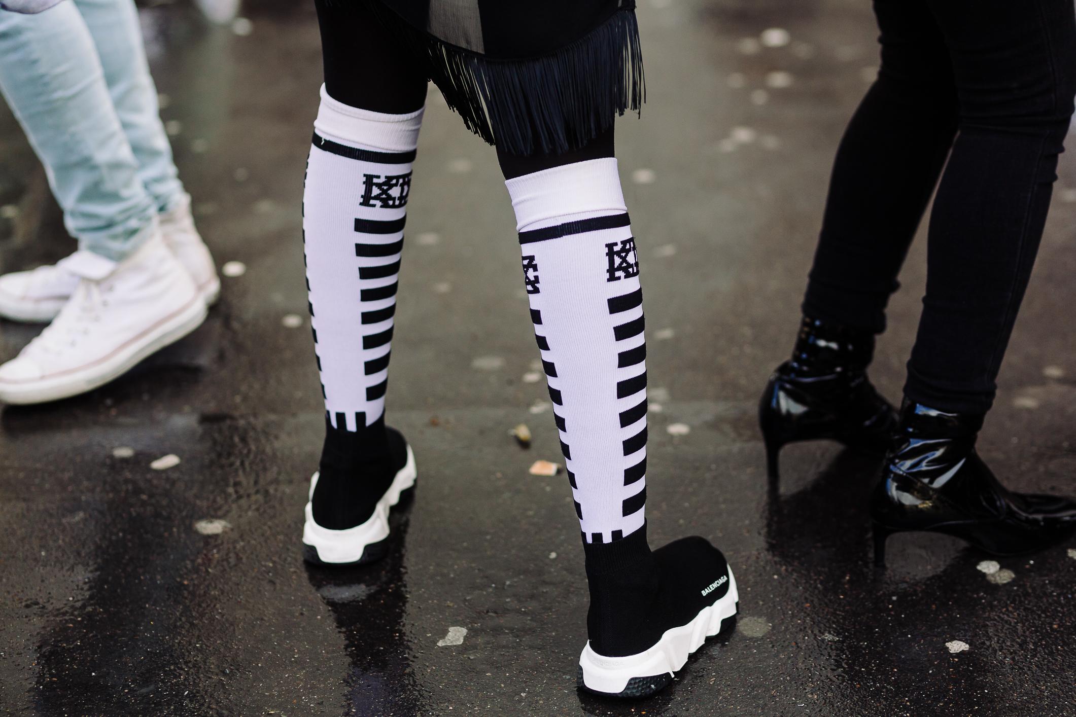 Một trong những đôi giàySneaker chán chạy của hãng Balenciaga
