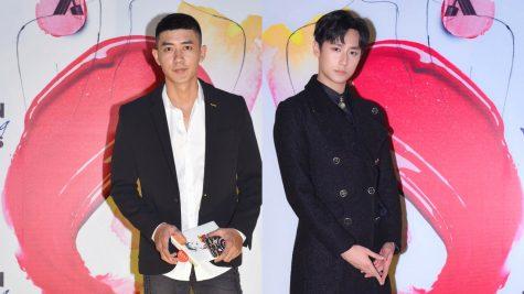 """Rocker Nguyễn và Cao Lâm Viên lịch lãm giữa """"rừng hoa"""" yêu kiều tại ELLE Beauty Awards 2018"""