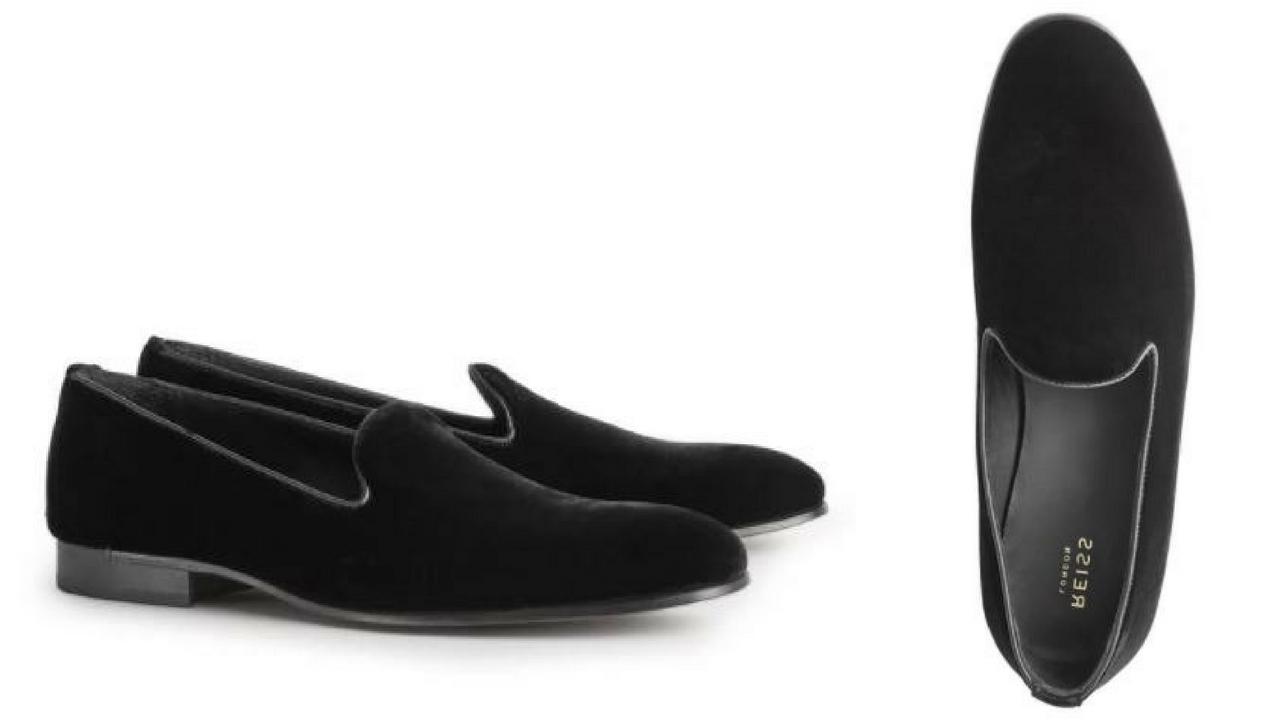 12 thuong hieu giay loafer nam Reiss velvet slipper black GBP 170 - elle man
