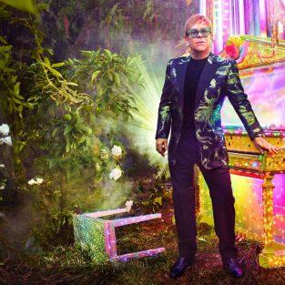 Elton John công bố chuyến lưu diễn cuối cùng trong sự nghiệp âm nhạc