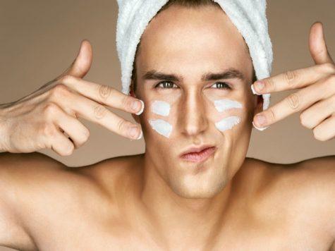 Các bước chăm sóc da dầu vào buổi tối cho các chàng trai
