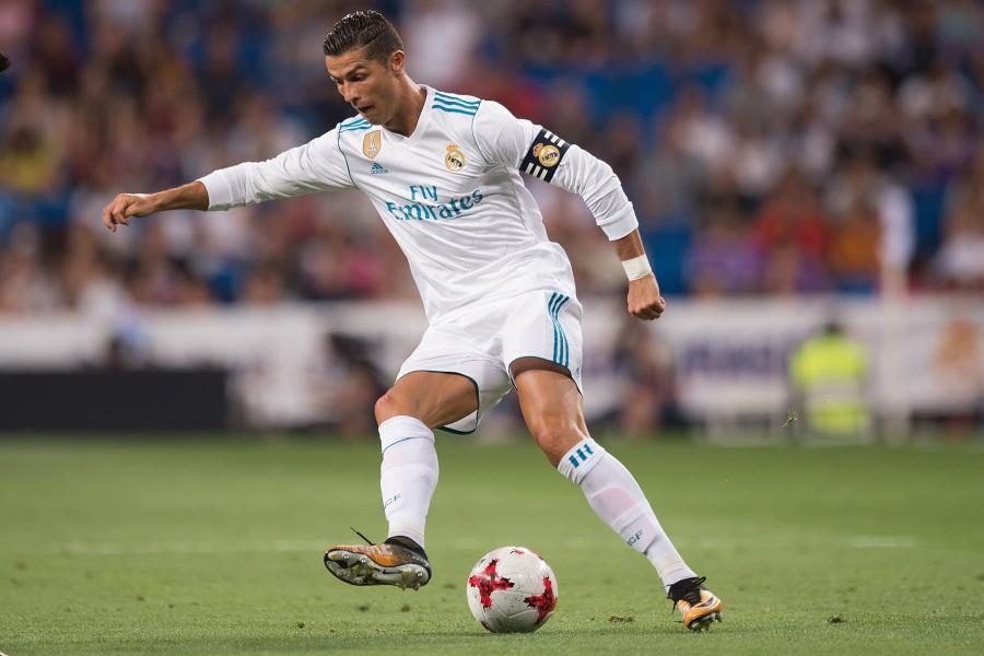 Cristiano Ronaldo - ELLE Man 1