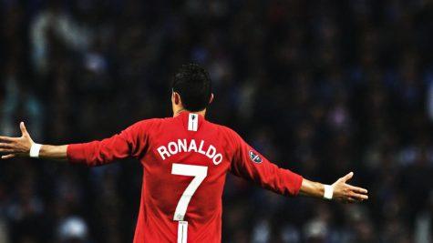 Cristiano Ronaldo - sinh ra để trở thành huyền thoại