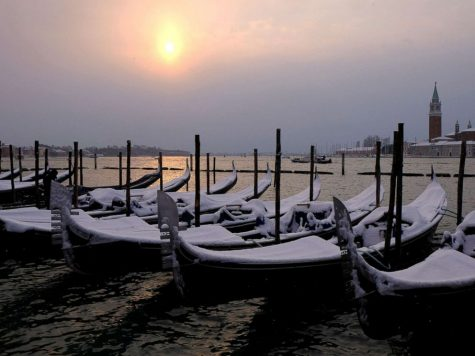 Ý trở nên thơ mộng và lạnh lẽo khi chiều về