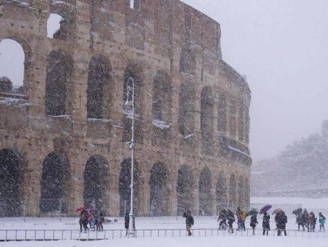 Gây ra trận bão tuyết vô cùng lớn như ở Rome