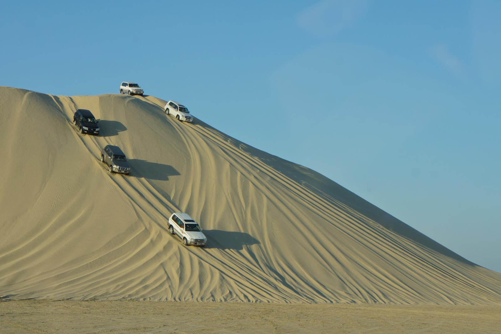 du lịch qatar - dune bashing - elle man 1