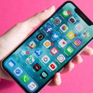"""""""Tai thỏ"""" điện thoại iPhone: Đừng ghét, hãy cố dần quen!"""