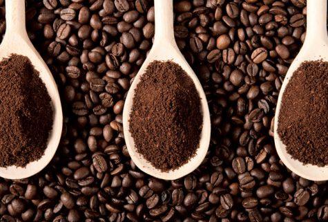 Uống cà phê chỉ càng khiến cho cơ thể mất nhiêu nước hơn. Photo: Vietship