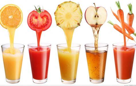 Uống một ly nước trái cây chứa 600 calo thật là tai hại. Photo: Vinacus