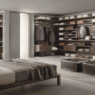 Tủ quần áo nam & 5 món đồ bảo quản phục trang phải có
