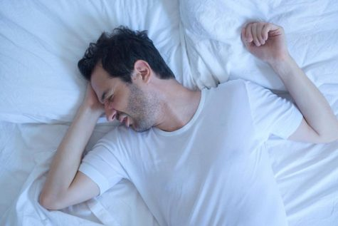 """4 thói quen xấu """"phá hoại"""" giấc ngủ của bạn"""