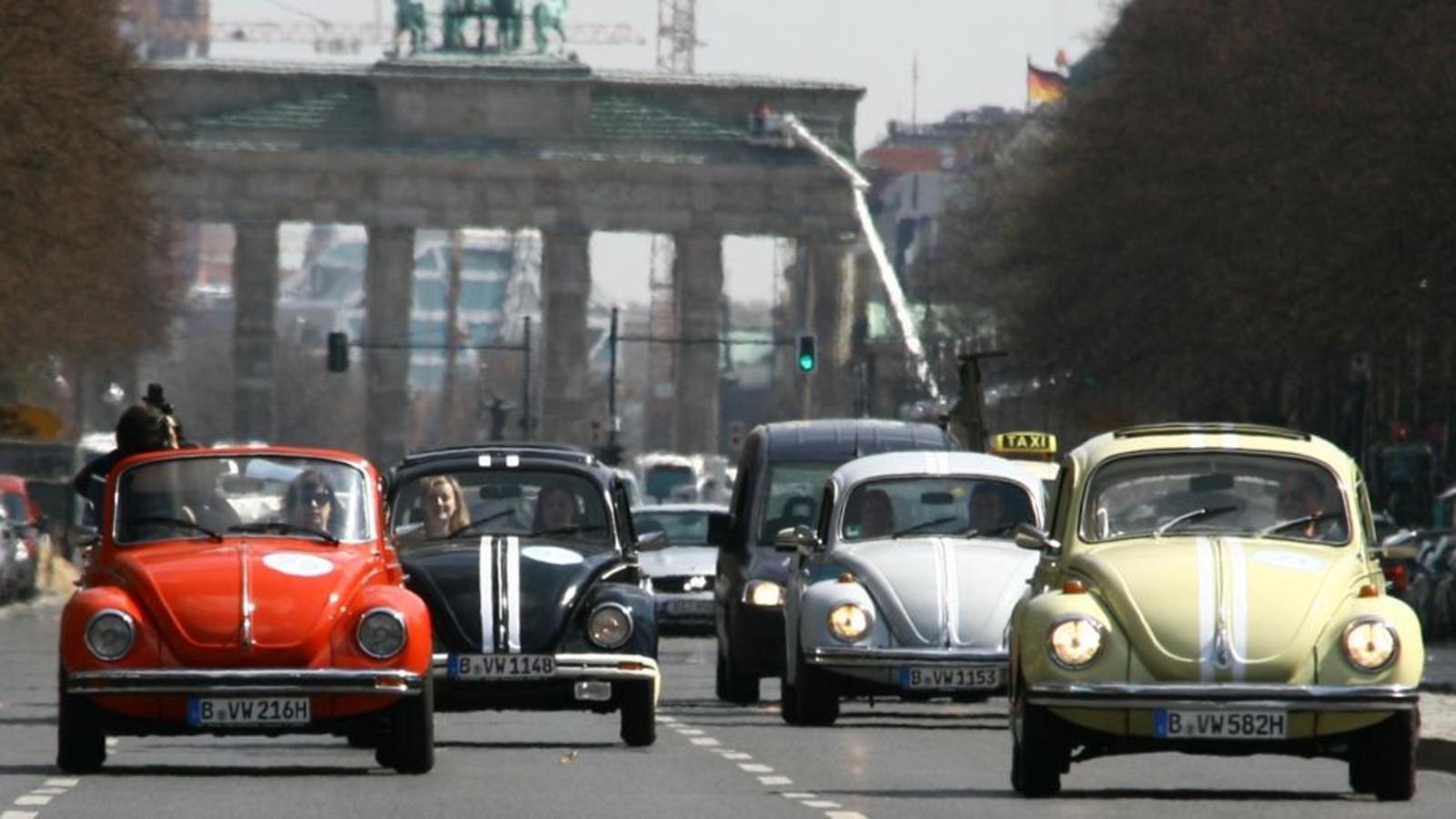 xe con bọ the beetle volkswagen - elle man 1