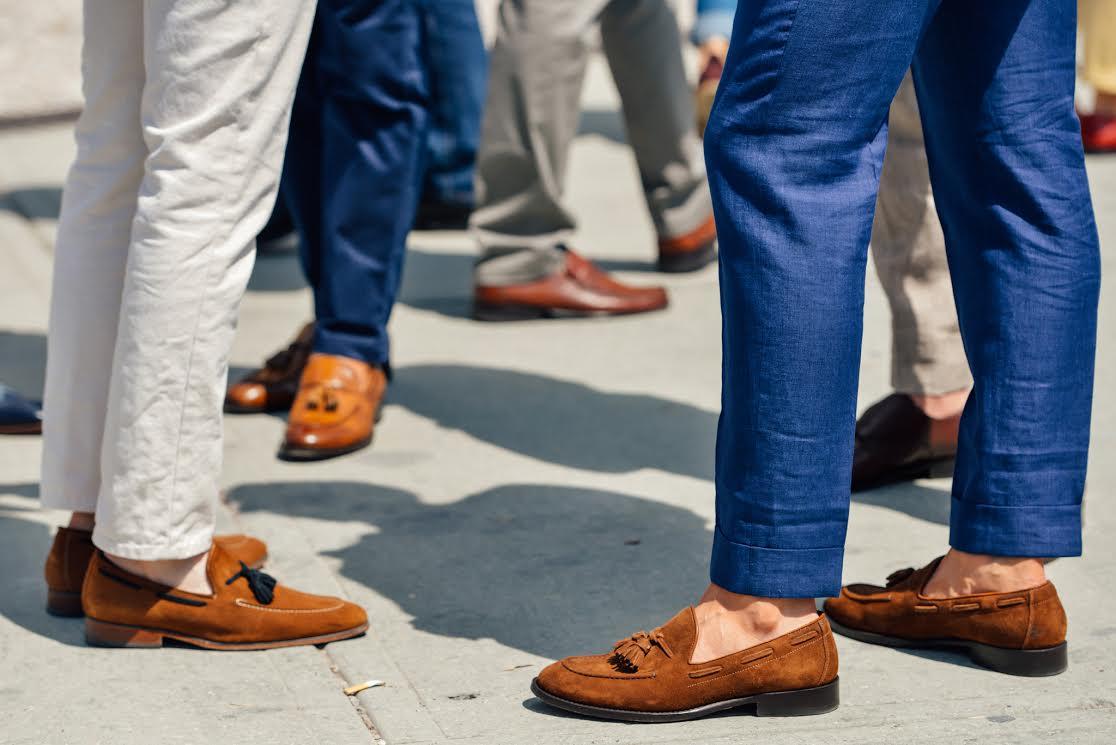 thời trang mua hè - giày loafer da lộn - elle man 1