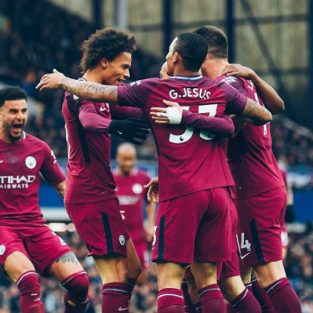 Tâm điểm bóng đá ngoại hạng Anh vòng 34 (2017/18)