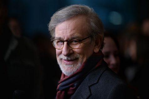 Kể chuyện cho con trước khi ngủ là một trong những thói quen của Steven Spielberg.