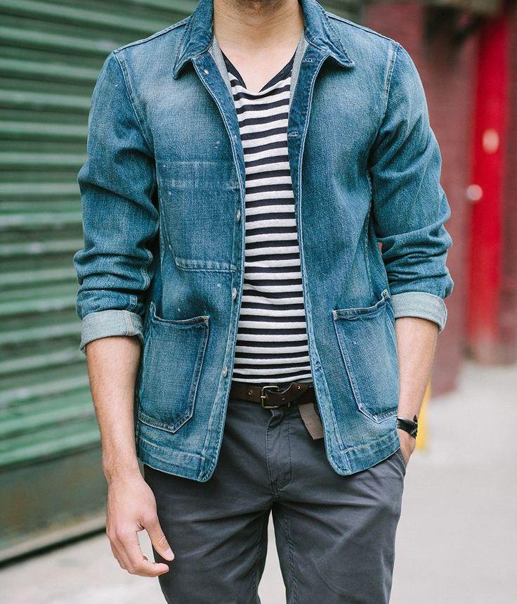 Họa tiết kẻ sọc sẽ phóng khoáng bụi bặm hơn khi phối hợp cùng áo khoác jean hoặc áo khoác da