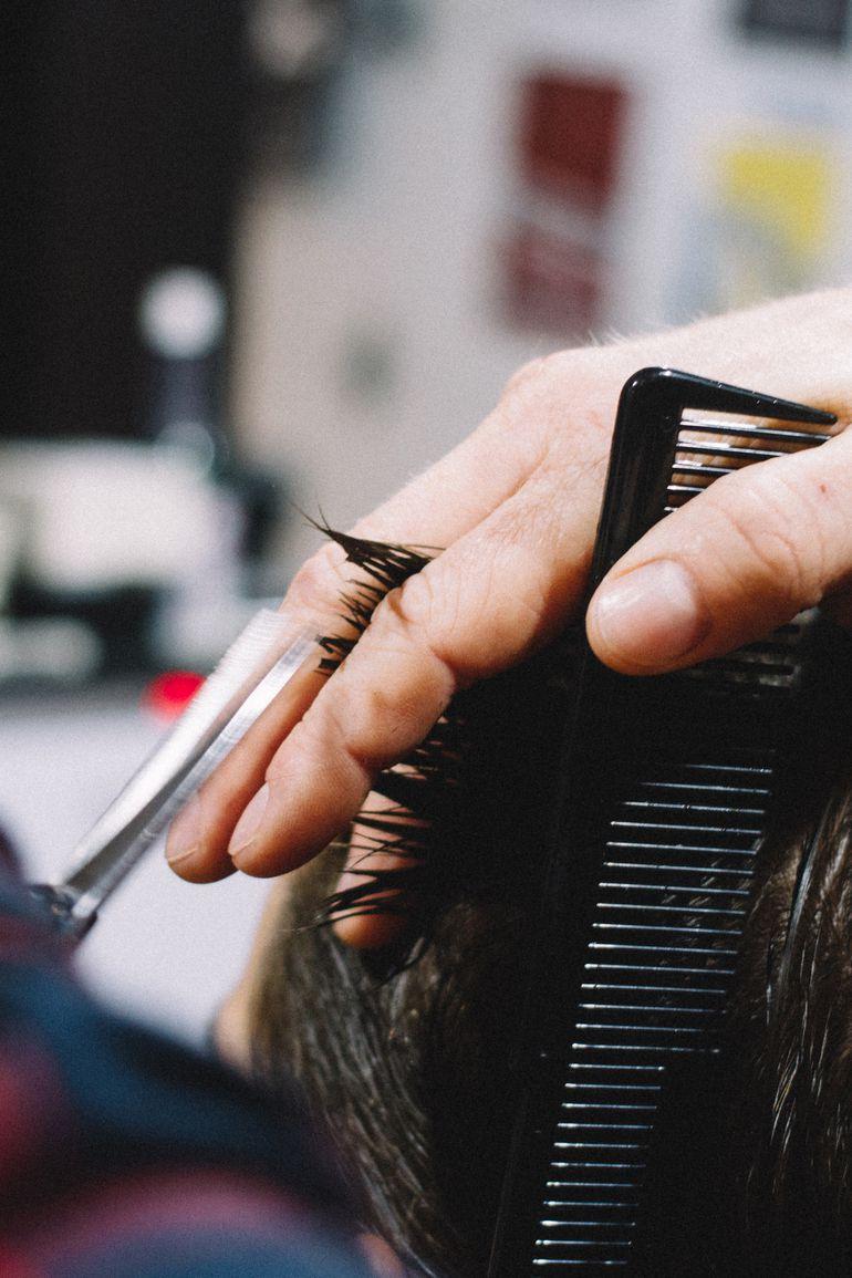 chăm sóc tóc mùa hè elle man 2