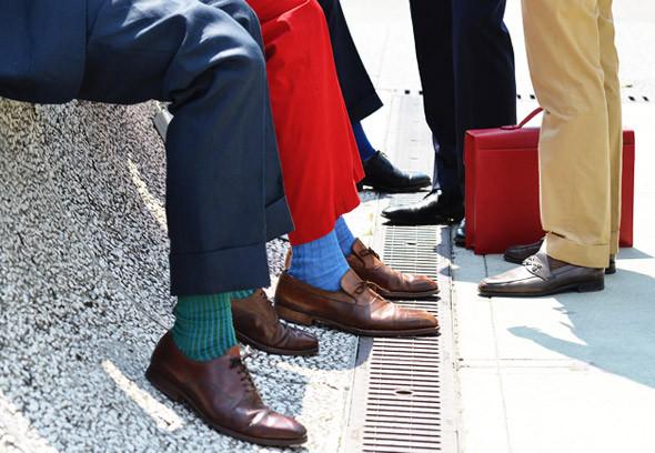 ELLE Man Style Calendar Làm thân với tất màu sắc cho nam giới (17)