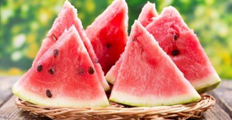 Dưa hấu tốt cho những người bị bệnh tiểu đường vì chứa vitamin C và A.