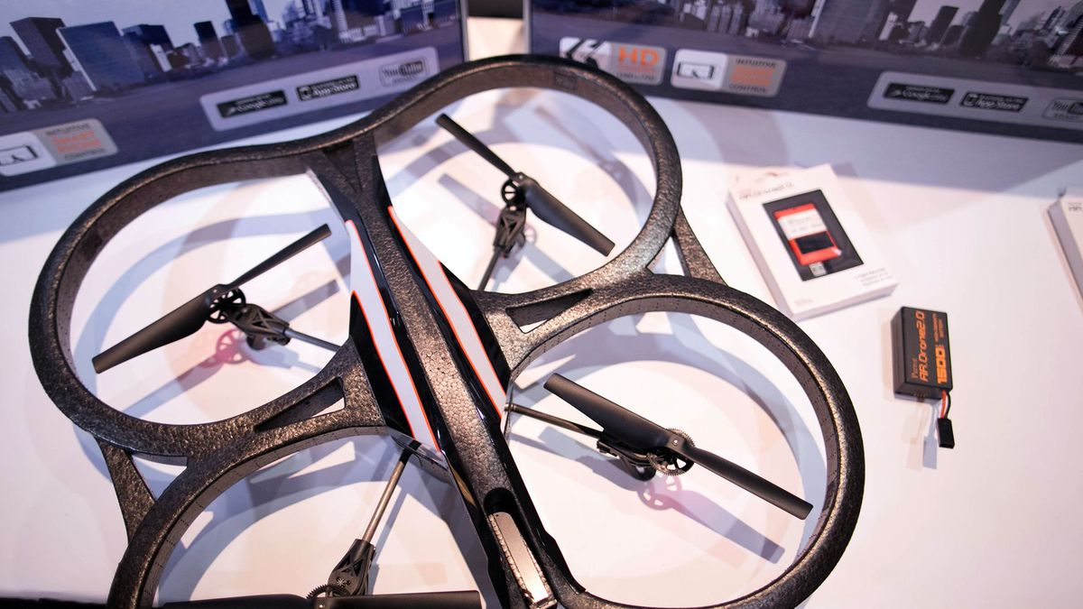 máy quay drone elle man 11