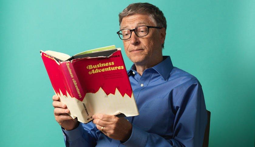 Thói quen đọc sách của siêu tỷ phú Warren Buffett