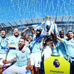 Tâm điểm bóng đá ngoại hạng Anh vòng 37 (2017/18)