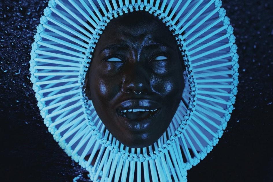 Album 'Awaken, My Love' là một cú hit lớn trong sự nghiệp của Donald.