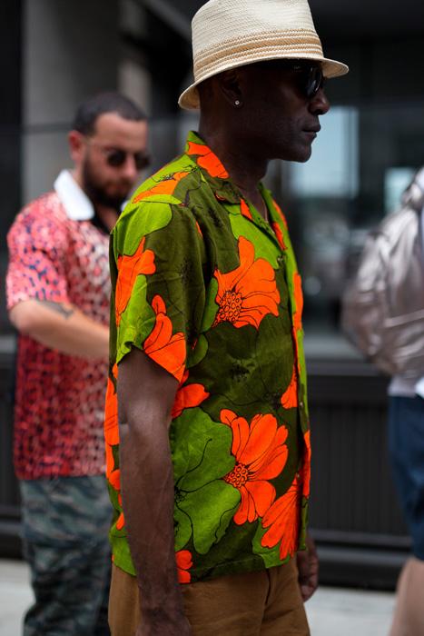 ELLE Man Style Calendar Diện sơ mi phong cách Hawaii đúng chất mùa hè. (10)