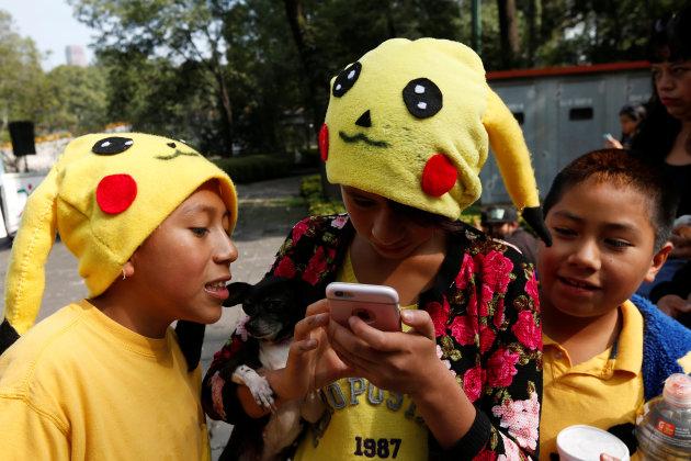 Người chơi Pokemon Go là người hạnh phúc