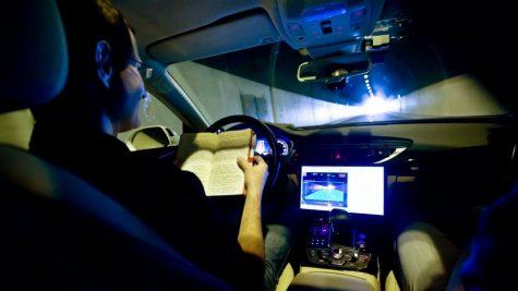 Công ty Intel sẽ cung cấp chip tự hành cho hơn 8 triệu xe hơi
