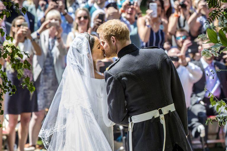 đám cưới hoàng gia anh elle man