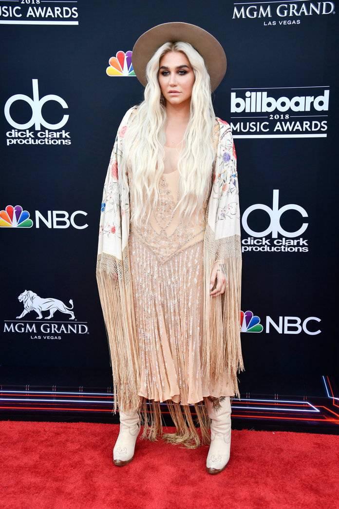Billboard Music Awards 28 - elleman