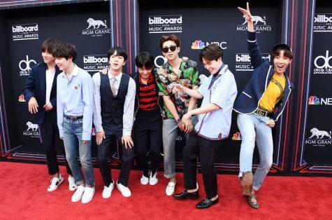 Billboard Music Awards 2018: BTS tiếp tục vượt mặt Justin Bieber