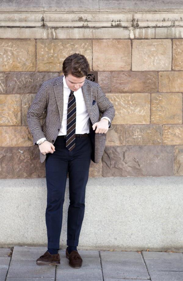 áo sơ mi trắng - ELLE Man (16)