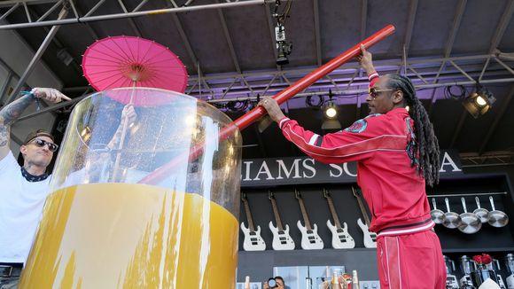 Tại lễ hội âm nhạc BottleRock Napa, Snoop Dogg đã lập kỷ lục Guiness mới.