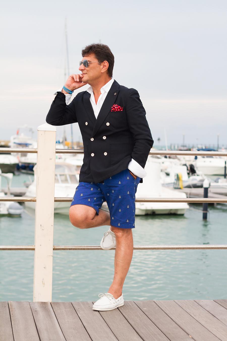 ELLE Man Style Calendar 'F5' phong cách với chiếc quần short đi biển. (27)