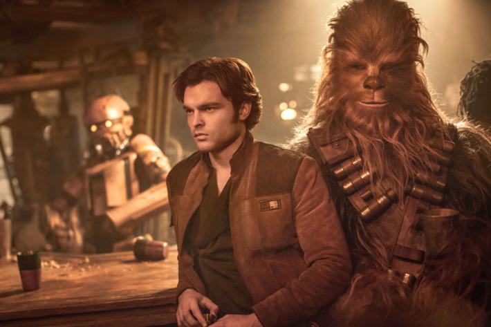 Solo là phim Star Wars đầu tiên thất thu