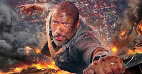 """Những pha hành động-mạo hiểm của """"The Rock"""" trong Tòa cháp chọc trời. Ảnh: Cinemabravo"""