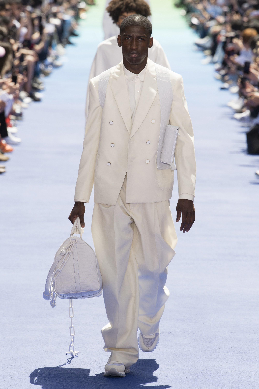 ELLE Man Style Calendar Bảy ngày hoàn hảo với áo sơ mi trắng linen. (13)