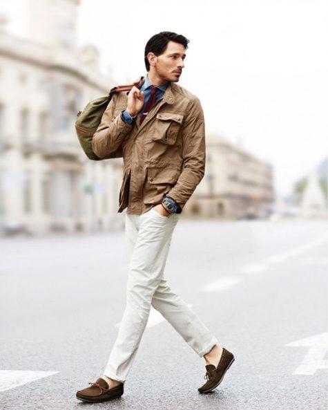 Hãy trở thành một quý ông thanh lịch và sang trọng với jean trắng trong mùa hè này. Ảnh: Pinterest