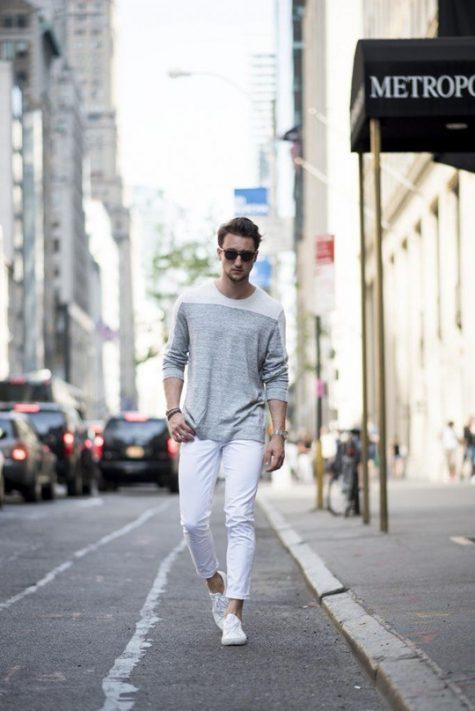 Quần jean trắng luôn mang đến cảm giác nhẹ nhàng, thanh lịch cho bất kì ai sở hữu nó. Ảnh: Outfit Trends