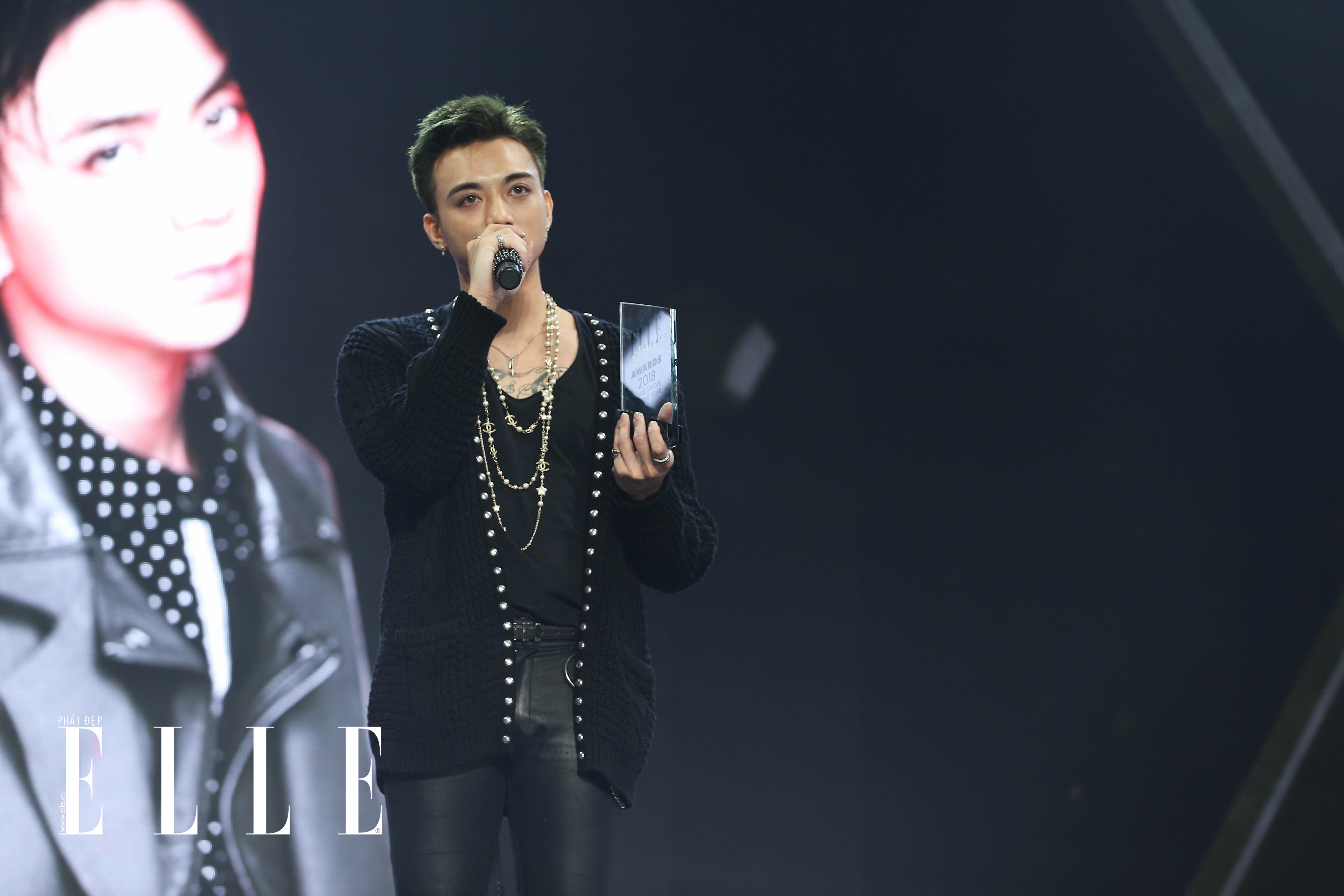 soobin hoang son elle style awards 20118 - elleman 5